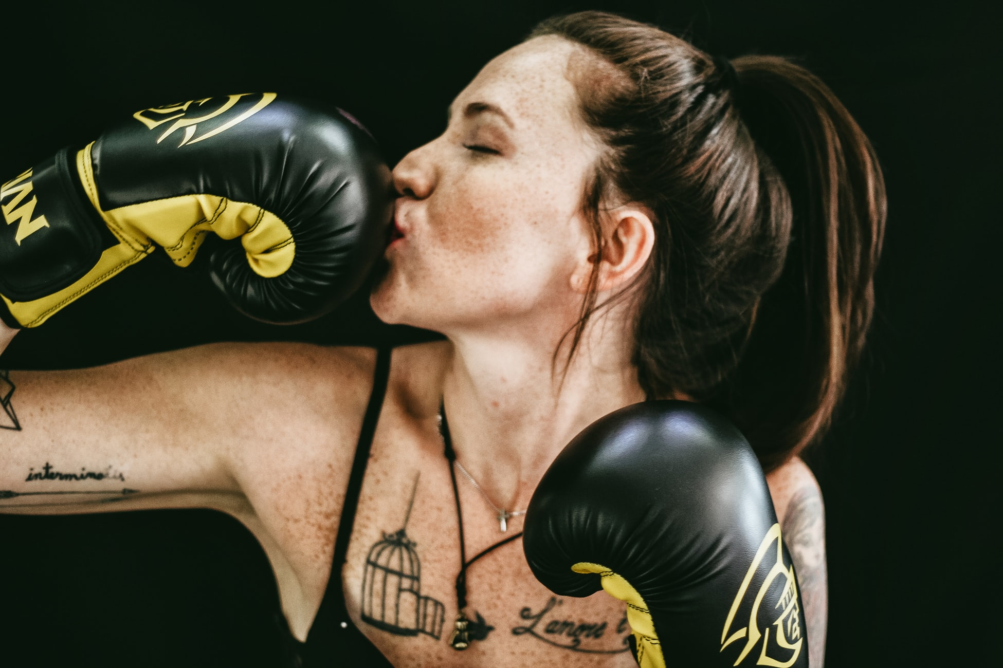 спортивные добавки на iHerb
