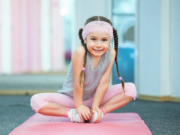 istock-kids-yoga