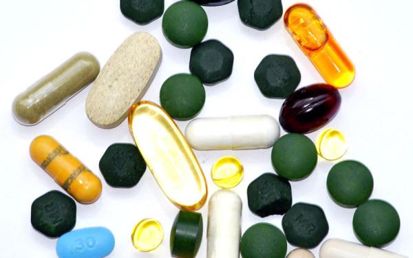 Какие витамины лучше принимать?